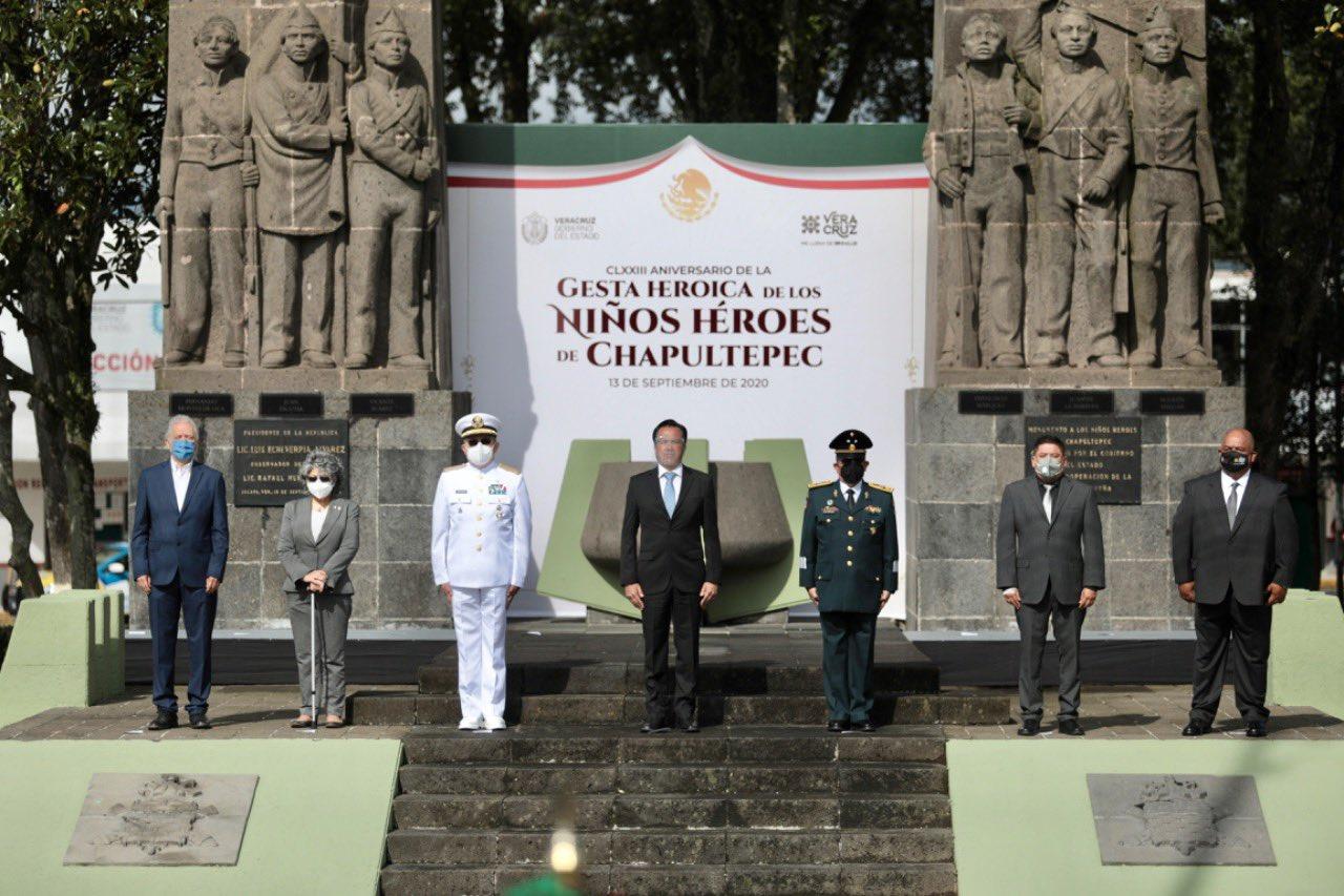 Cuitláhuac García Jiménez preside ceremonia del 173 aniversario de la Gesta de los Niños Héroes