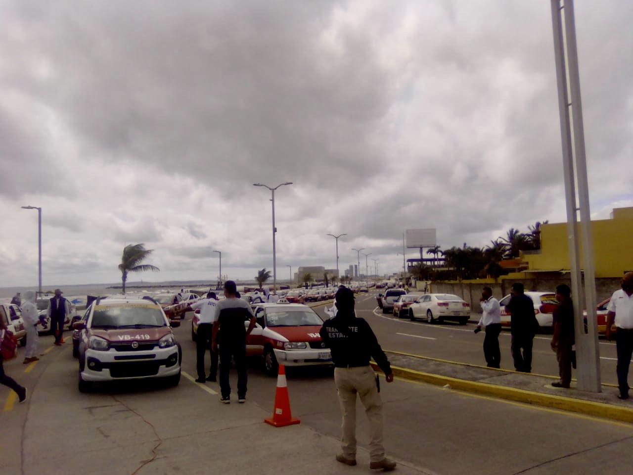 En Boca del Río realizaron desinfección de transporte público