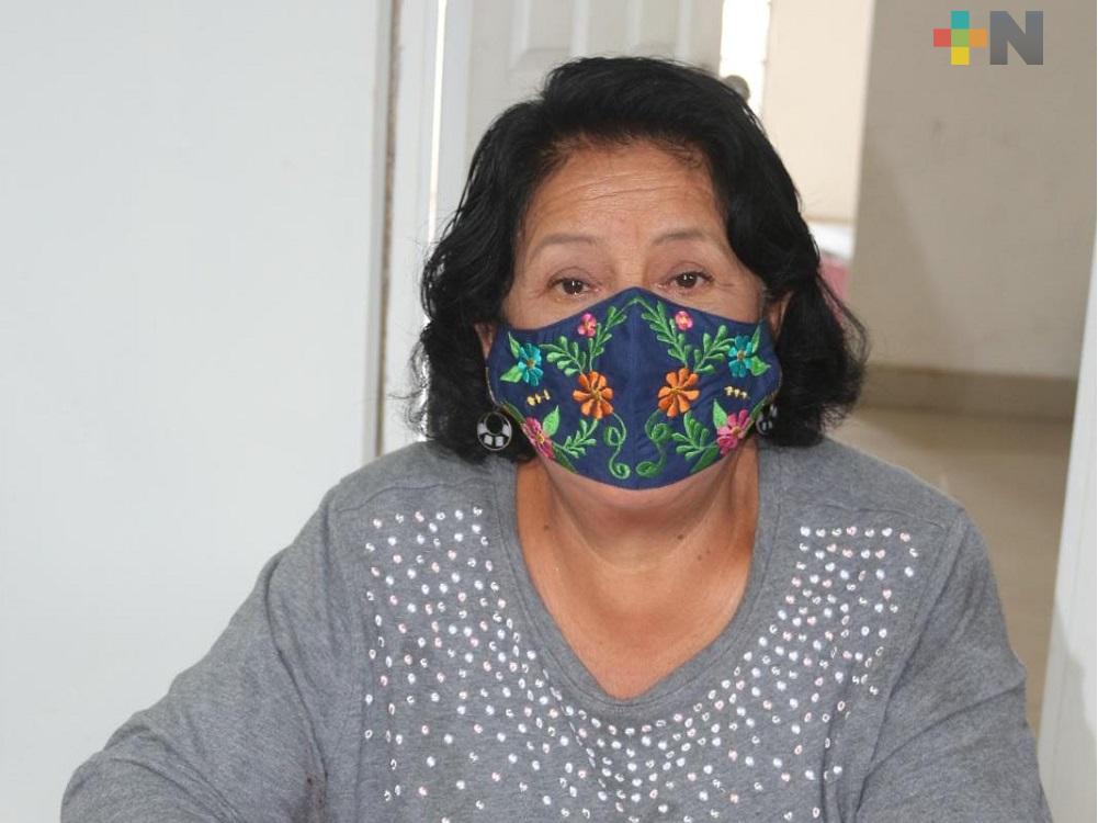 Alcaldesa de Moloacán ingresada al hospital del IMSS por cuadro clínico de infección respiratoria