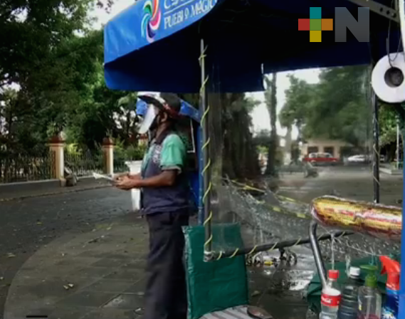 En Coatepec, boleros regresan a su lugar de trabajo