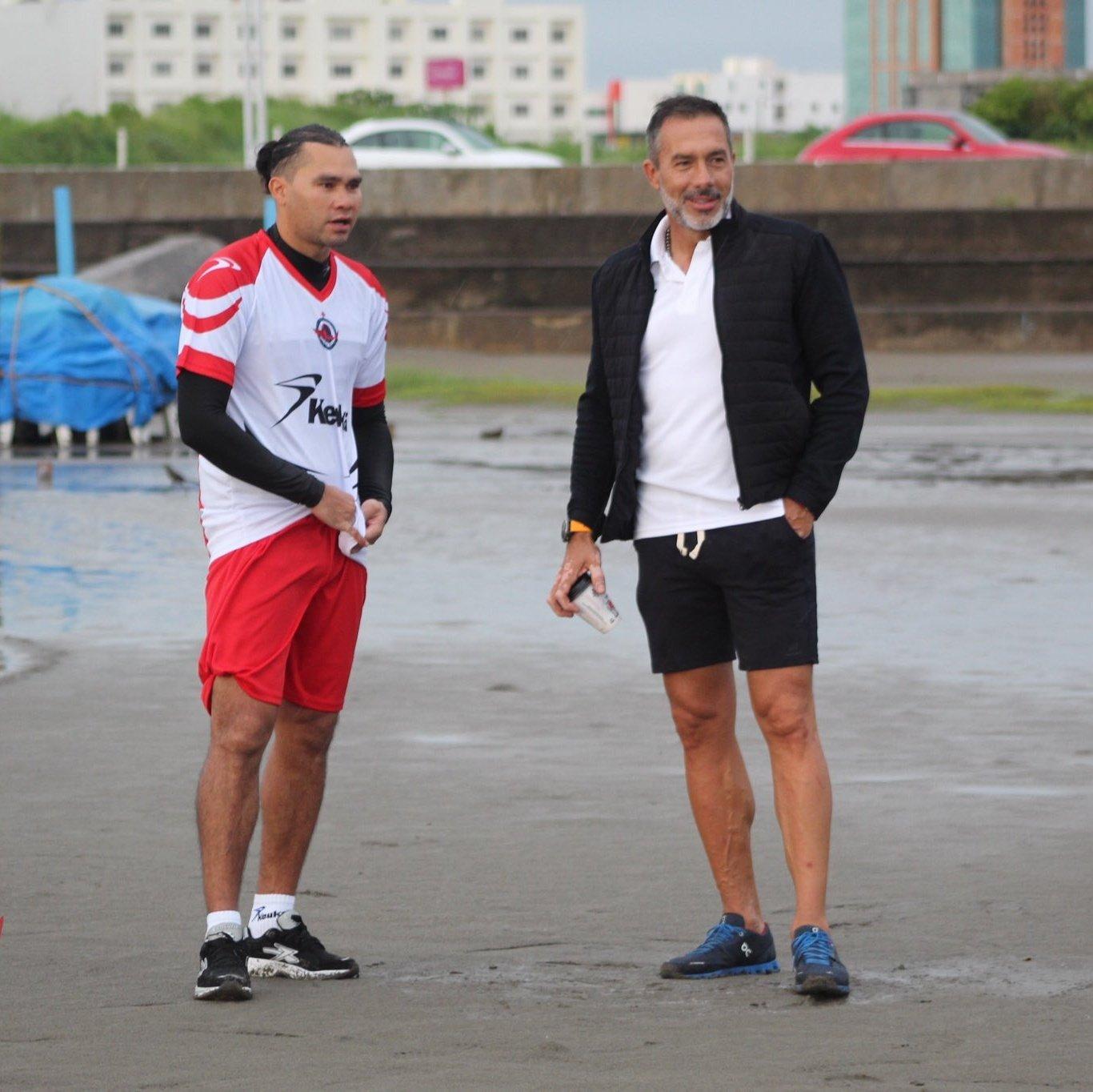 Carlos «Gullit» Peña se reportó con el Club Veracruzano de Futbol Tiburón