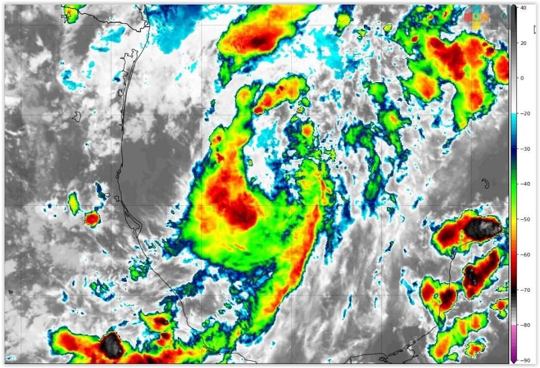 Alerta Gris en la entidad; lluvias y viento durante próximas 48 horas