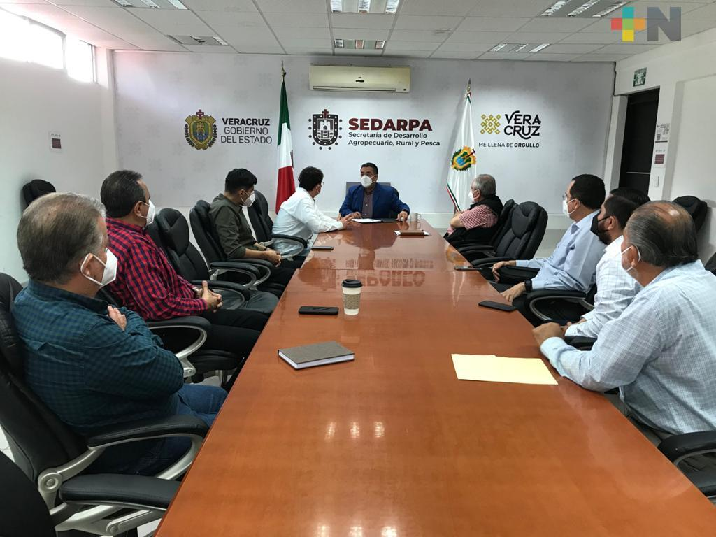 Firman SEDARPA y Agroclúster de Oaxaca convenio para fomentar la producción y  comercialización del café veracruzano