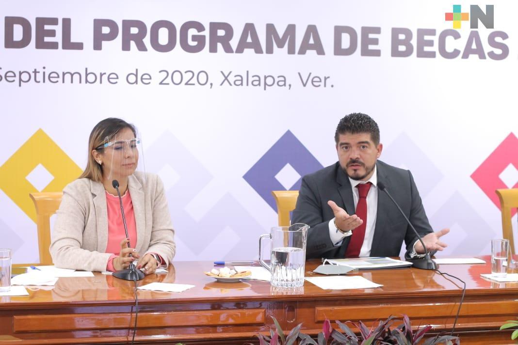 Presenta SEV el Programa de Becas 2020