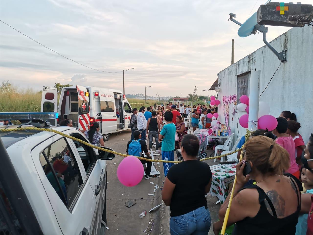 Atropellan a personas que festejaban en calle de Coatzacoalcos