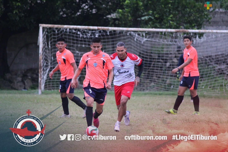 CVF Tiburón goleó a Reales de Puebla, en amistoso