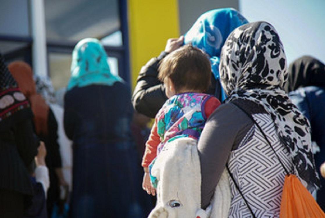 Incendios acaban con campamento de refugiados de Moria y dejan a 11.500 personas en la calle