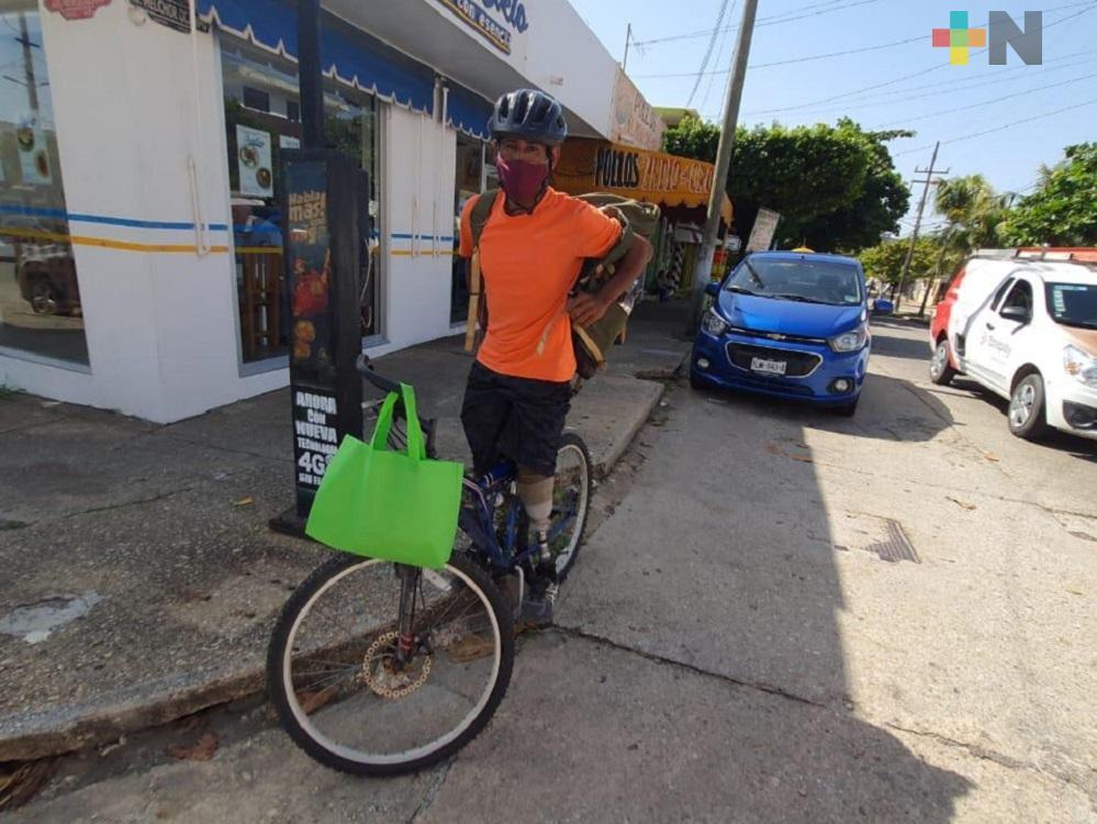 Joven con discapacidad pide apoyo para recuperar bicicleta que le fue robada