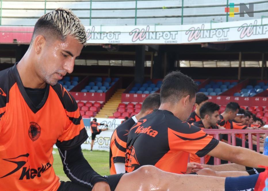 Carlos Camacho refuerza al Atlético Veracruz