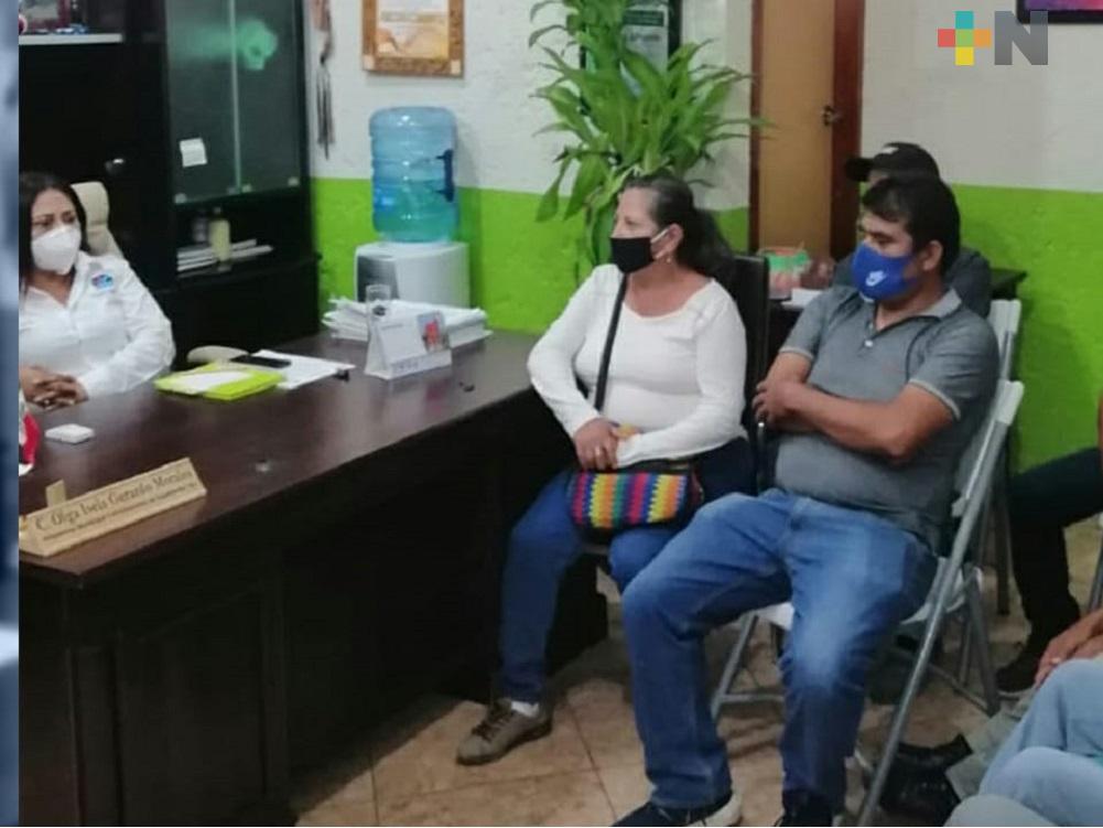 Pobladores y ayuntamiento de Tepetzintla llegan a un acuerdo para realizar obra pública en localidad de Tierra Blanca