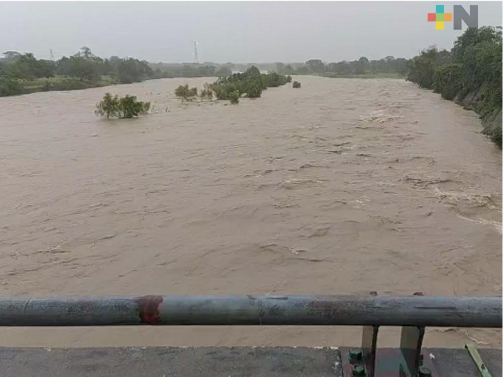 Frente Frío 4 solo causó daños menores en zona norte de Veracruz