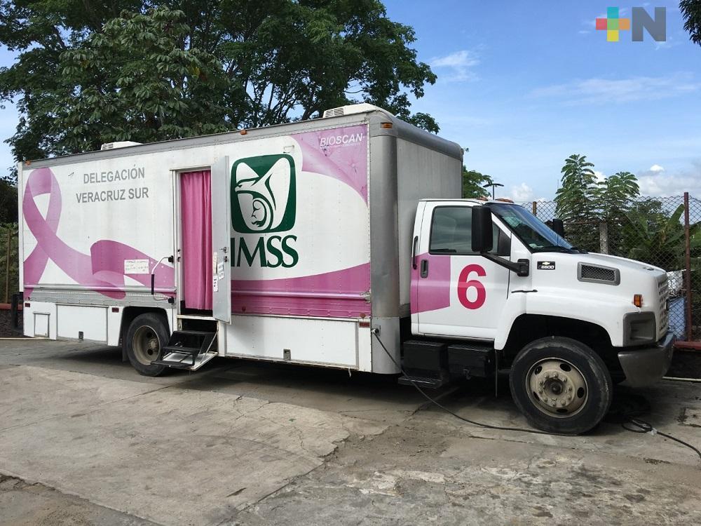 Reactivan recorridos de mastógrafos móviles en Coatzacoalcos