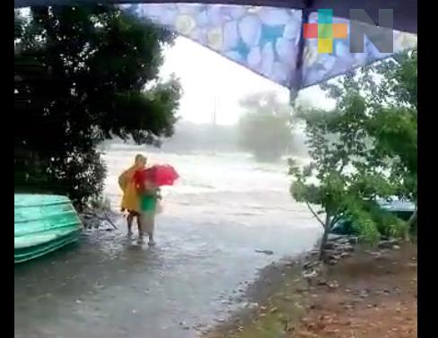 Lluvias aumentan considerablemente caudal de ríos y arroyos en zona norte de Veracruz