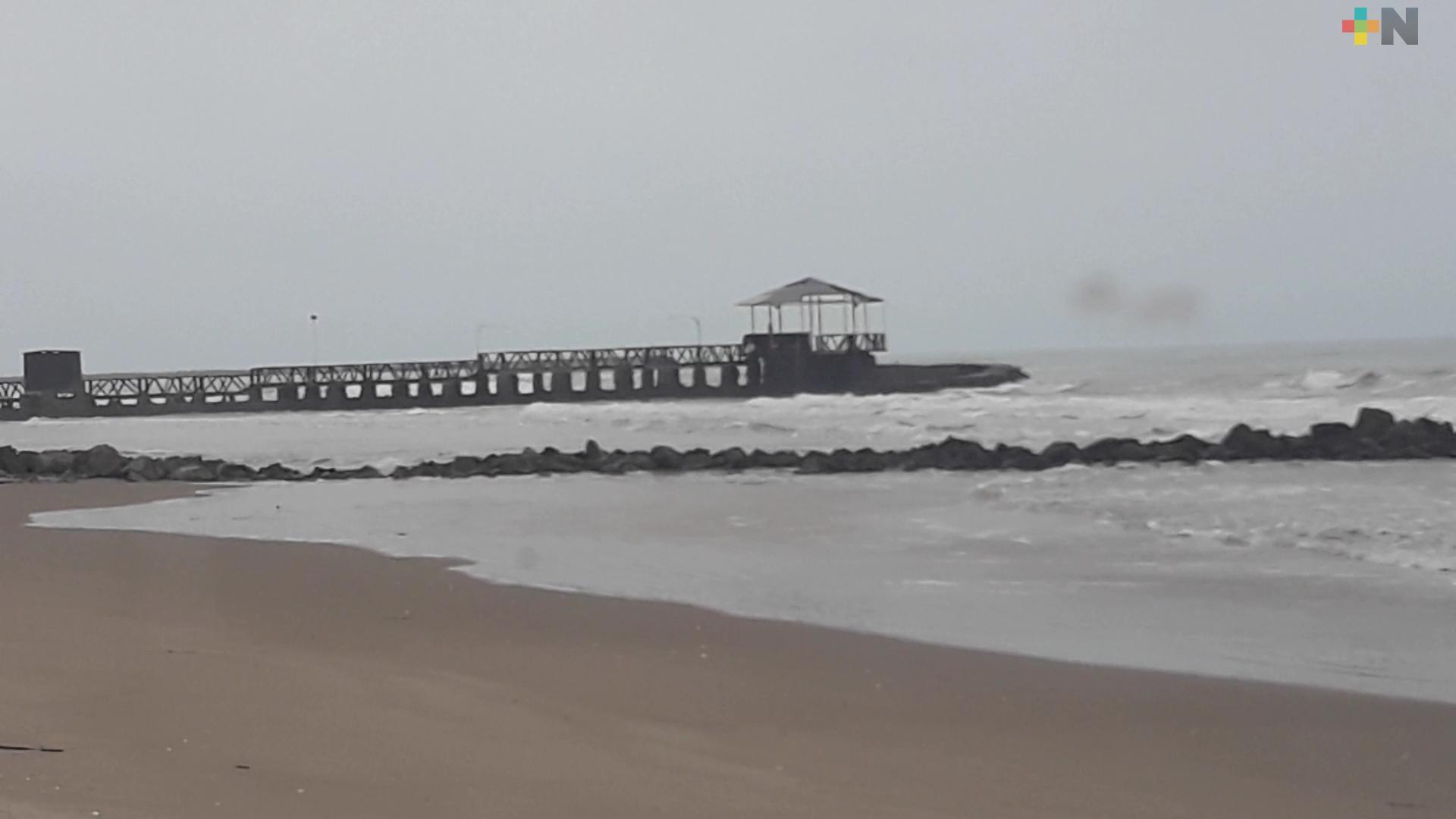 Denuncian saqueo de arena en Playas de Tuxpan