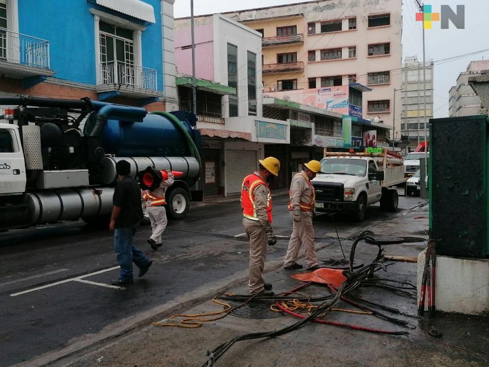 Tormenta deja sin energía eléctrica a zona centro del municipio de Veracruz