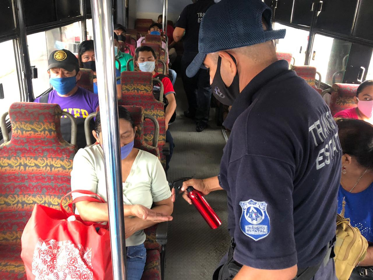 Elementos de Tránsito estatal realizaron operativo anti Covid en Cosoleacaque