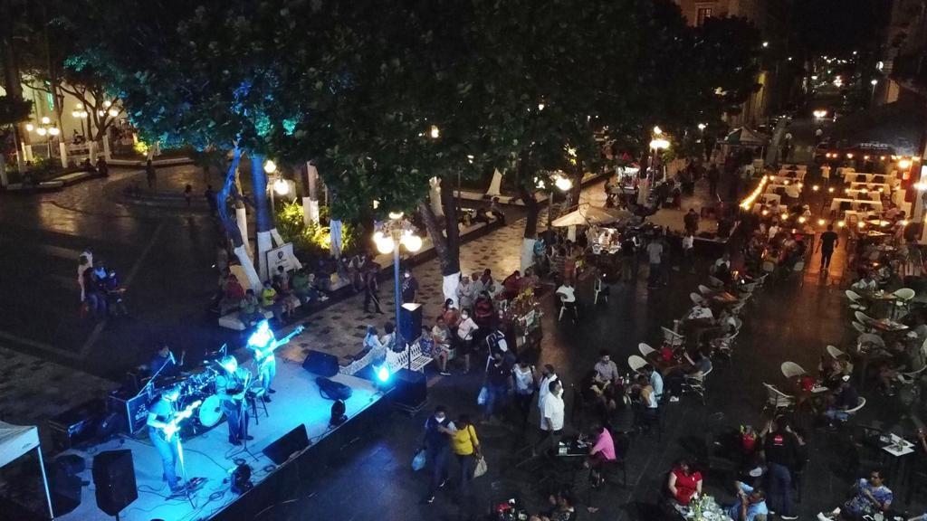 Ciudadanos se dicen en contra de peatonización de avenida Independencia