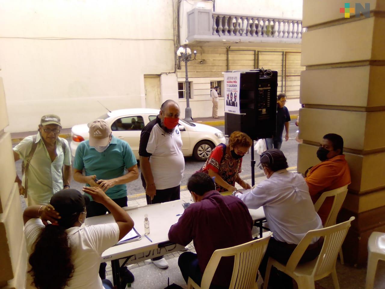 En la ciudad de Veracruz planean instalar hasta 8 mesas para reunir firmas y enjuiciar a expresidentes