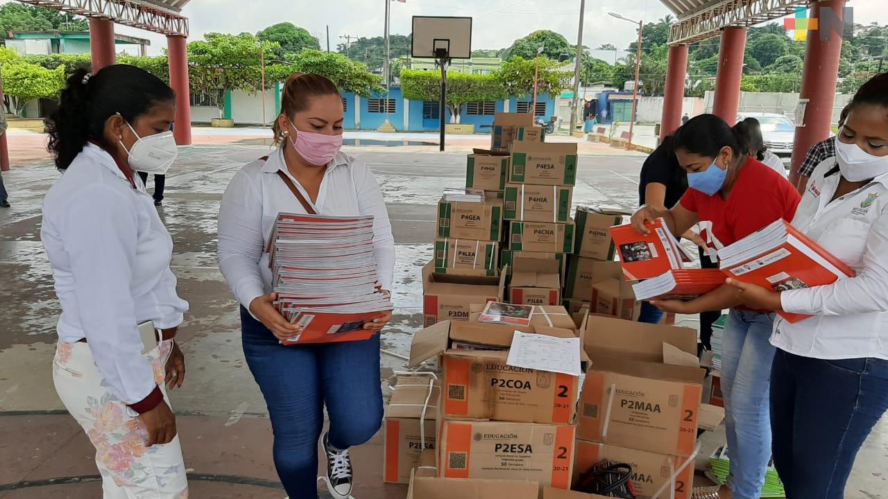 Inicia repartición de libros de texto gratuitos en municipio de Moloacán