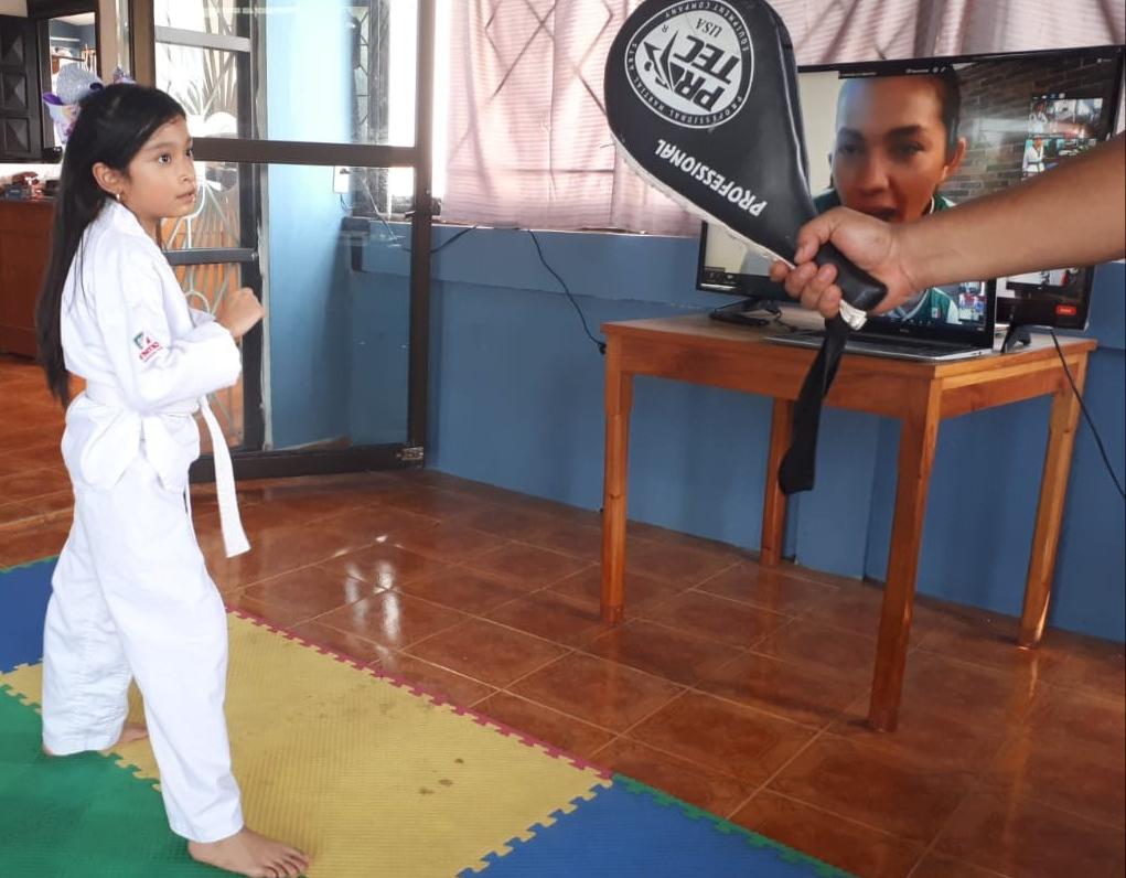 Entrenaron virtualmente con María Espinoza