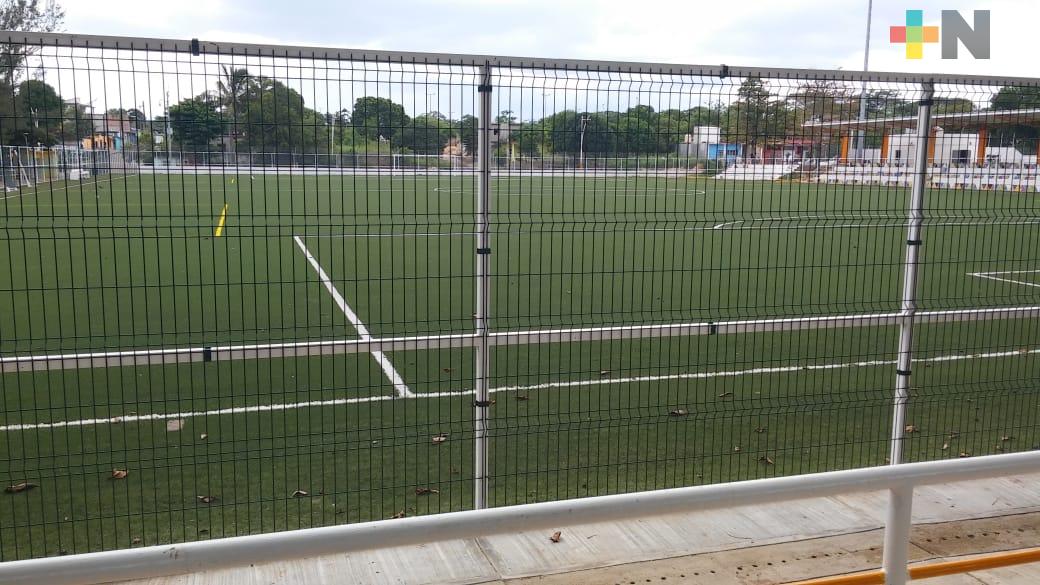 Apertura de unidades deportivas de Acayucan, tendrá que esperar