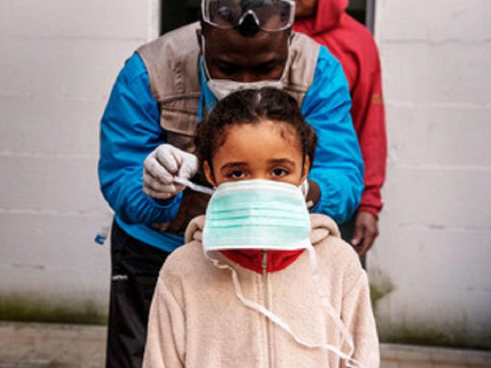 Hasta la vacuna COVID-19 más efectiva fallará si la gente no confía en ella por desinformación: ONU