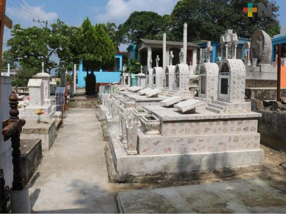 Con acceso controlado, en Moloacán abrirán panteones  los días 1 y 2 de noviembre