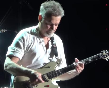 Muere el guitarrista Eddie Van Halen a los 65 años