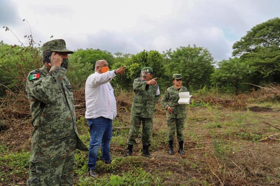 Supervisan predio donde se construirá cuartel de la Guardia Nacional en Acayucan