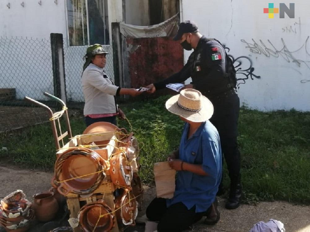 Guardia Nacional y Policía Municipal visitan colonias de Coatzacoalcos para prevenir violencia familiar