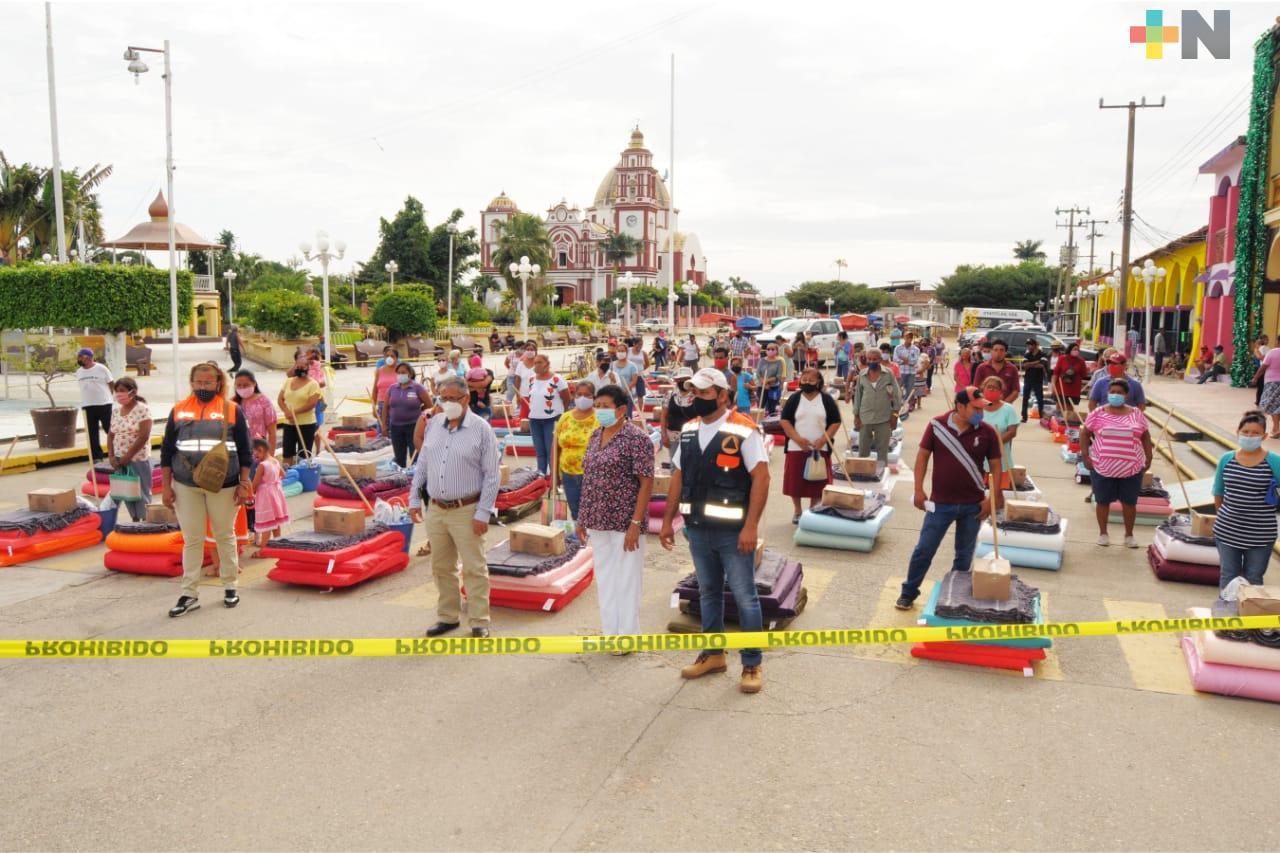Llegan apoyos del FONDEN a Otatitlán