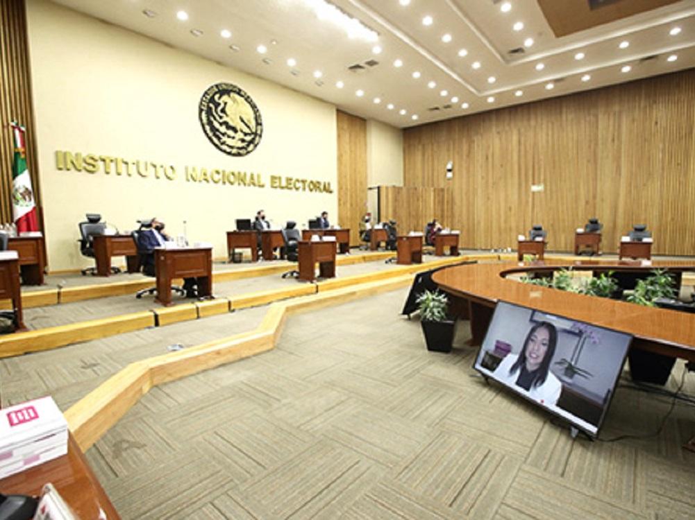 Presidente y gobernadores deberán abstenerse a realizar expresiones de carácter político-electoral: INE