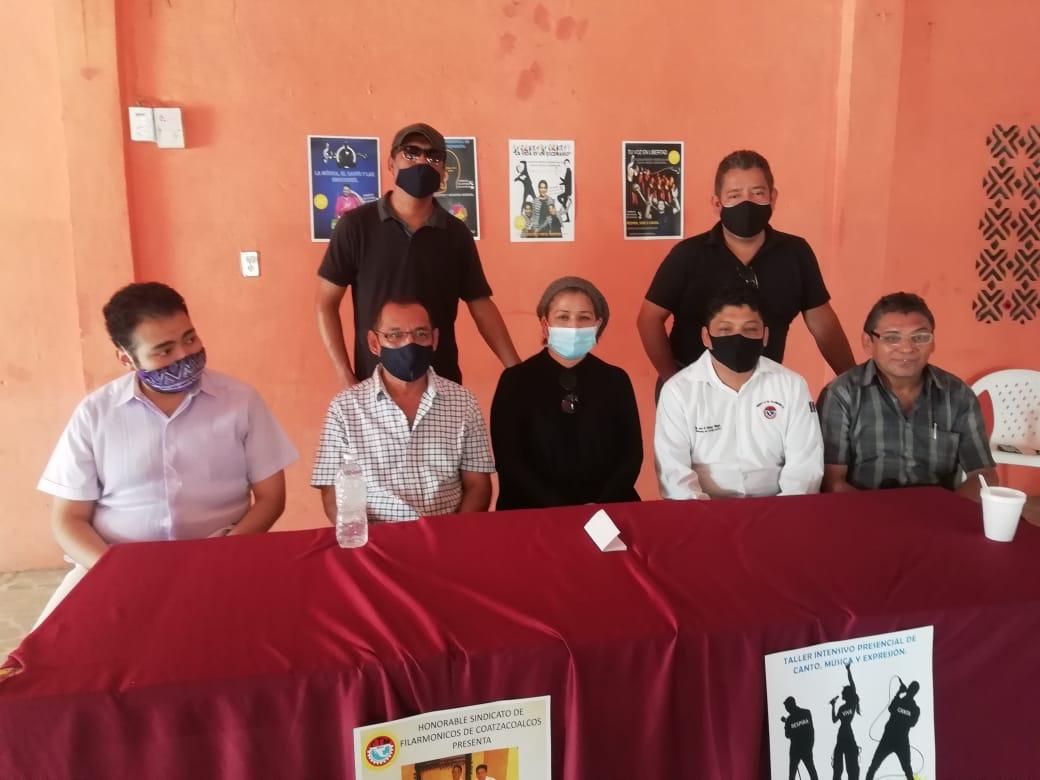 Ante la falta de eventos, músicos de Coatzacoalcos darán talleres de vocalización y música