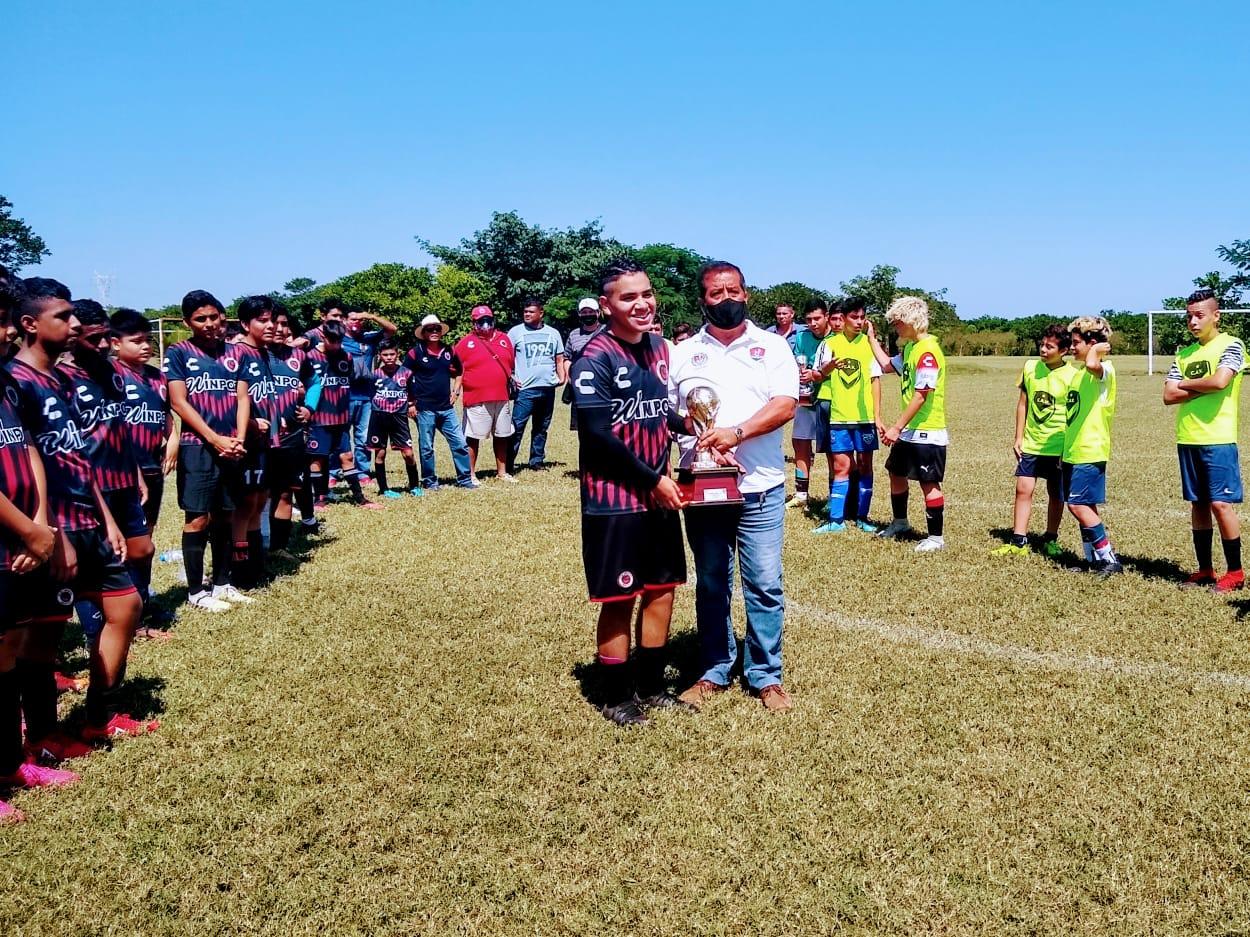 Liga Oropeza definió a los campeones de Verano