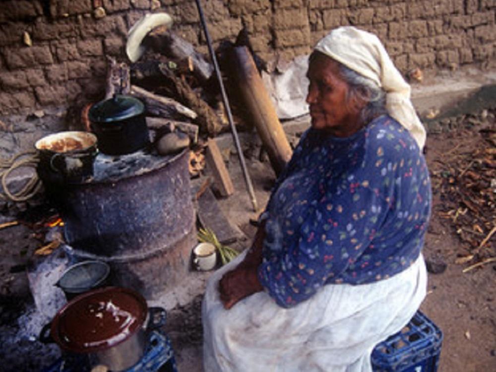 Recortes presupuestarios en México amenazan la salud y la igualdad de las mujeres