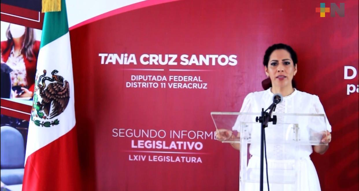 Tania Cruz presentó su segundo informe legislativo