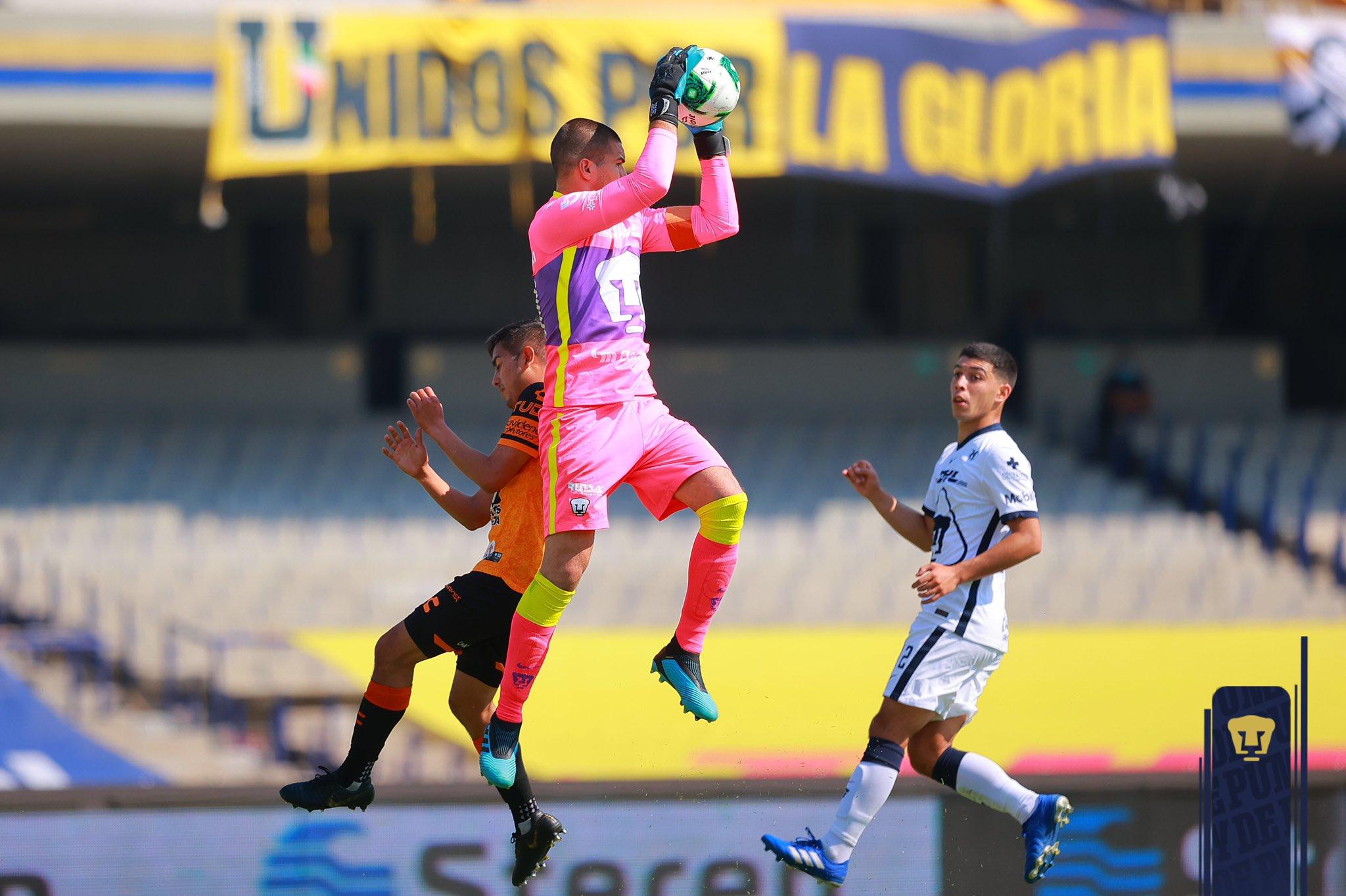 Pumas empató a cero con Pachuca y está en semifinales