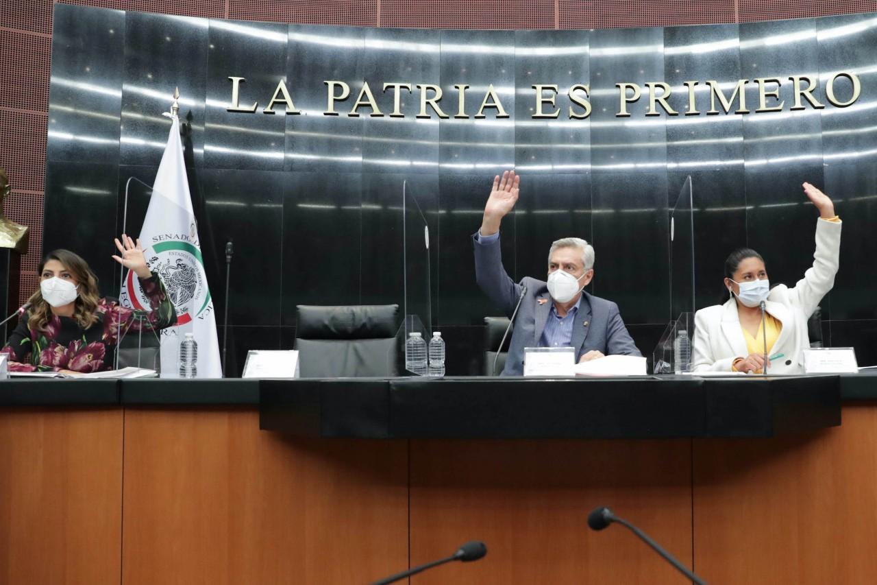 Senado aprueba reforma para eliminar fuero presidencial
