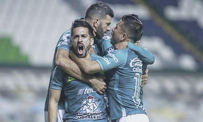 León hizo buenos los pronósticos: eliminó al Puebla