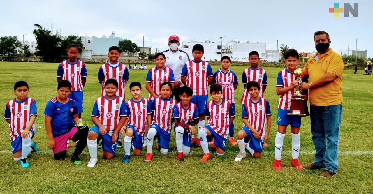 Premian a los campeones del Torneo de Copa, en Liga Oropeza