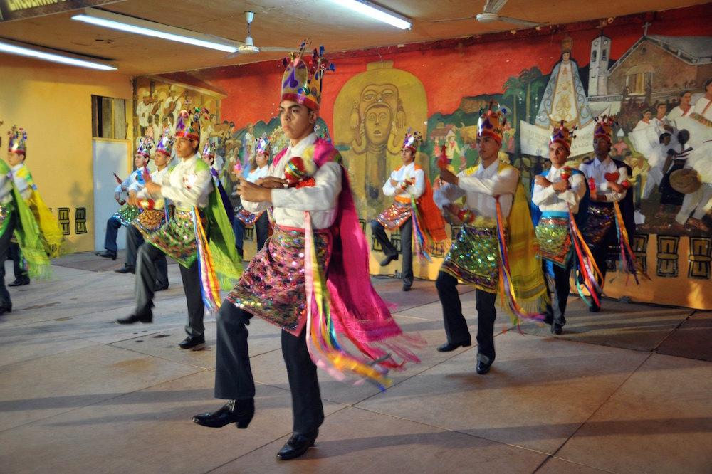 Disfruta de sones en la XXXI Fiesta Anual del Huapango de Amatlán