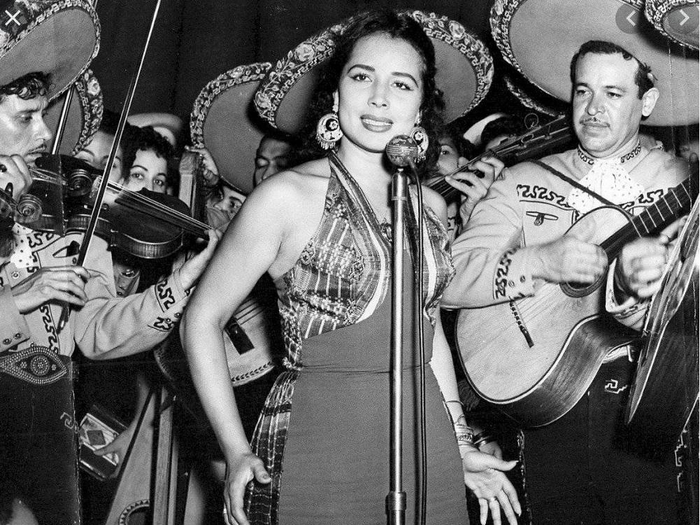 A los 90 años muere Flor Silvestre