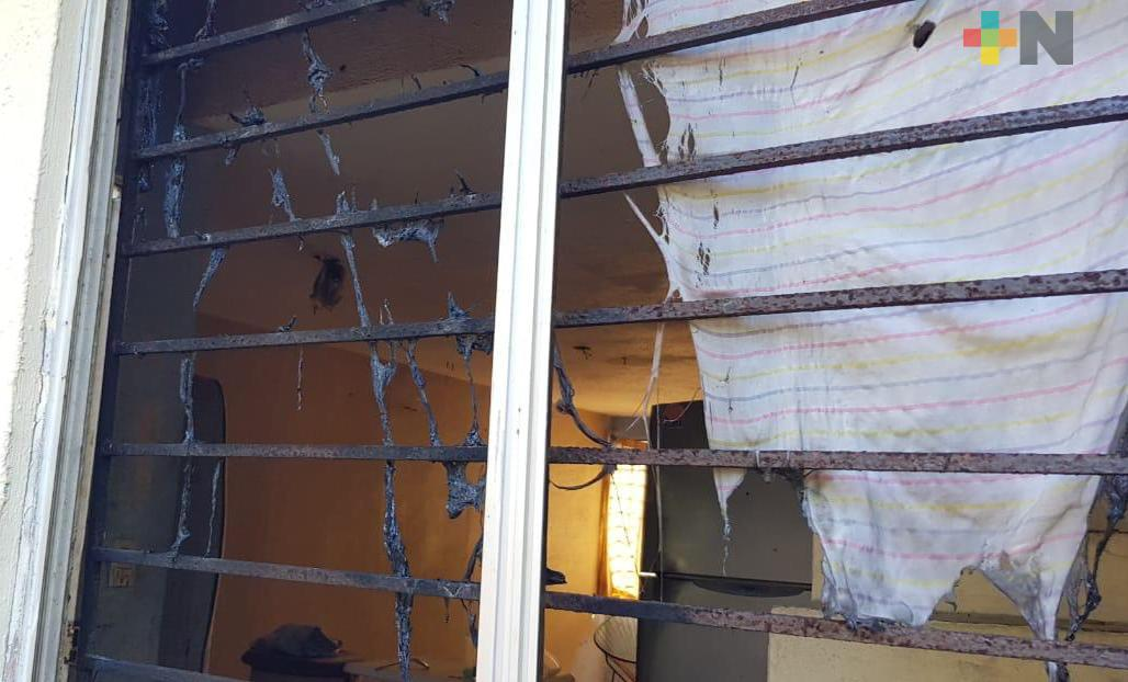 Joven con esquizofrenia intentó incendiar su casa, en Coatzacoalcos