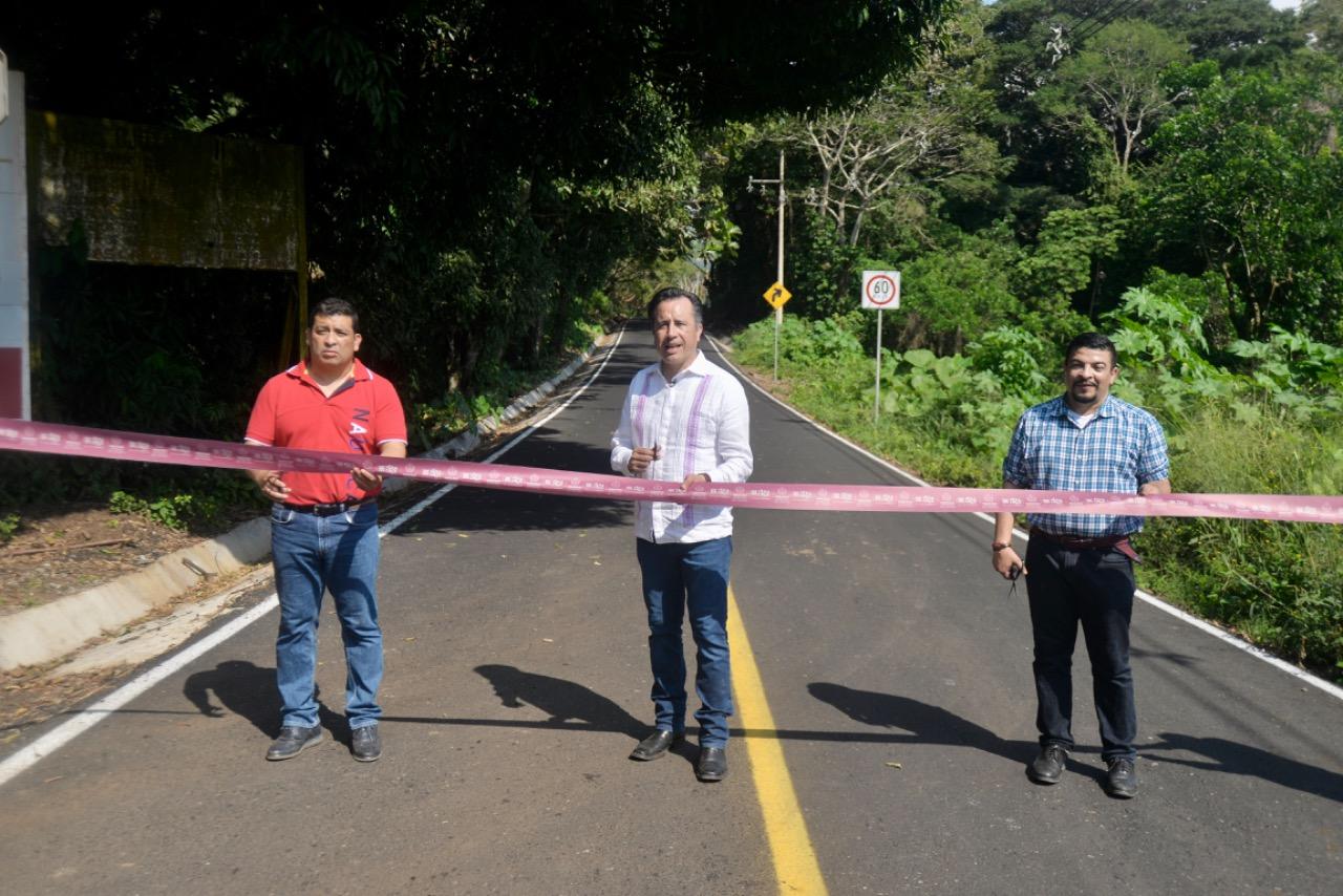Mejores carreteras para reactivar el turismo en Los Tuxtlas
