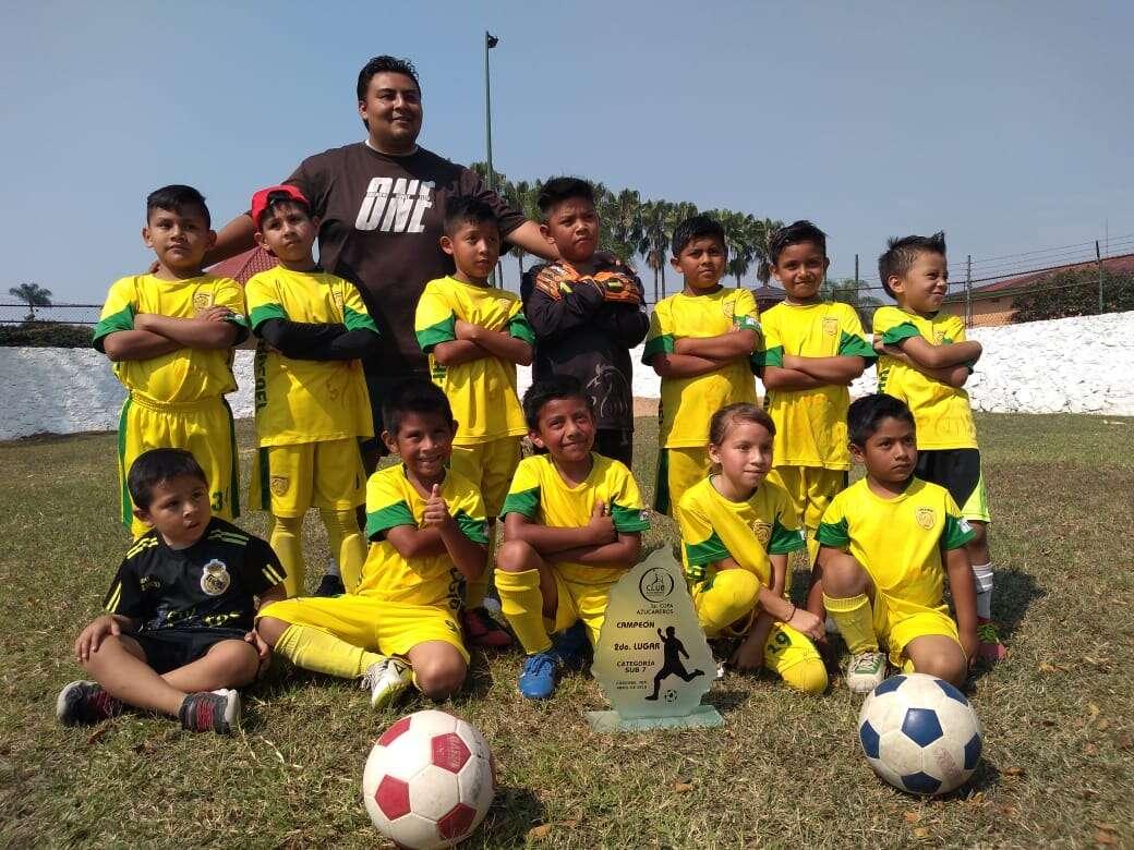 Realizan trabajos regenerativos en la Academia Integral de Futbol, Leones Rafael Delgado