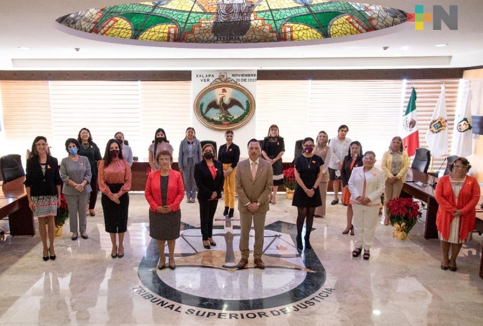 Un Poder Judicial fuerte, gracias a sus mujeres: Cuitláhuac García