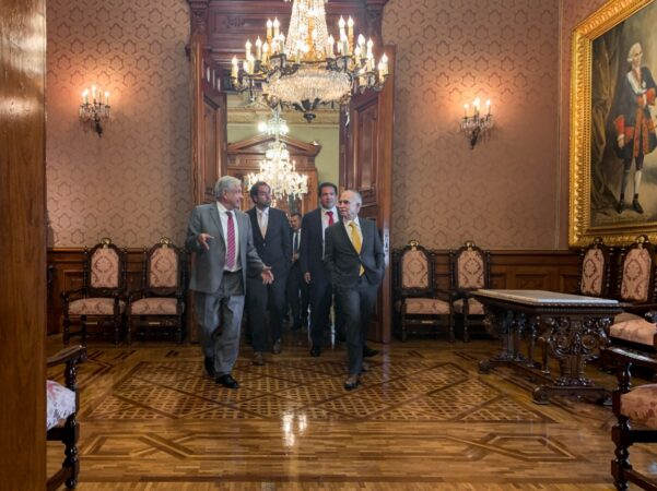 Presidente anuncia salida de Alfonso Romo de la Oficina de la Presidencia de la República