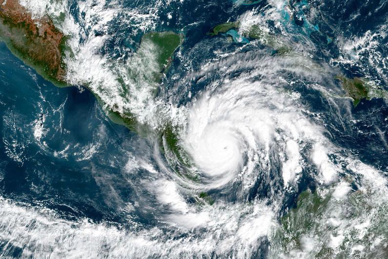 Termina la temporada de huracanes en el Atlántico con un récord de 30 tormentas