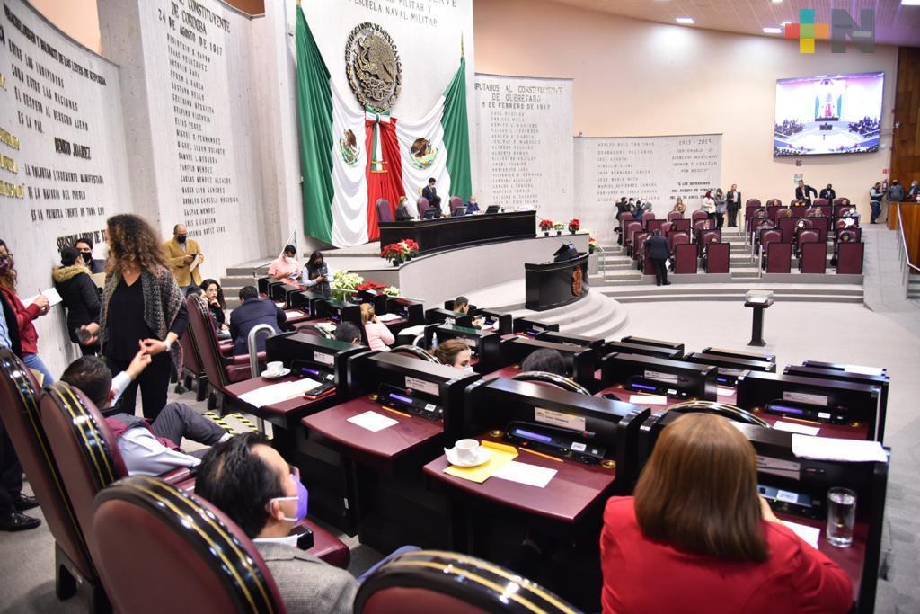 Cobro de verificación vehicular pasa a Sefiplan, aprueba Congreso