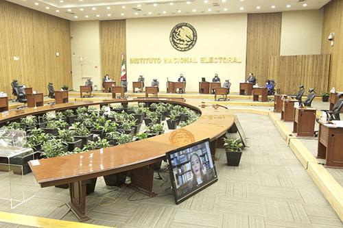 Recibe INE 434 manifestaciones de diputaciones en busca de reelección